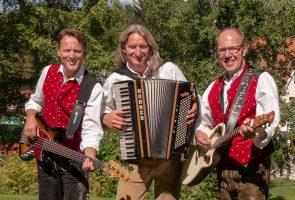 SCHWARZWÄLDER3 Volkstümlicher Sound aus der Region